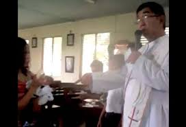 Fr. Christopher Romeo Obach and his single parent bashing during a baptismal rite.