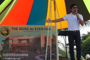 Pacquiao during Church groundbreaking. (Photo courtesy of Phil Boxing .com)